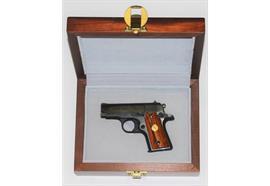 Pistole Colt Mustang 380 Auto